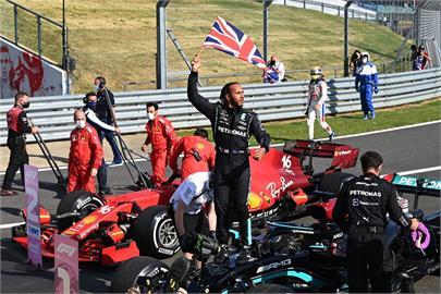 英國大獎賽 賽車手韓密爾頓第8度奪冠