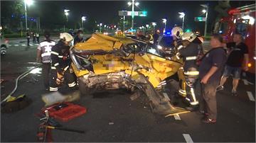 轎車撞2機車肇逃又撞計程車 2人傷重不治