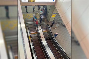 快新聞/北捷淡水站手扶梯夾傷人 幼童腳濺血急送醫