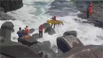 快新聞/ 再添1死!宜蘭大溪漁港瘋狗浪捲走釣客 攀升至6人死亡