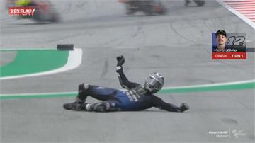 驚險!230公里時速煞車失靈 Moto GP車手跳車自保