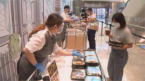 百貨推「美食街得來速」 五星飯店賣龍蝦便當