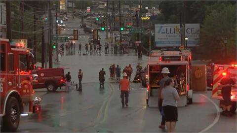 美國「水深火熱」 12州祝融肆虐又遇水災