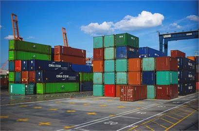 貨櫃運費飆天價!拜登將頒行政命令 打擊運輸產業壓成本
