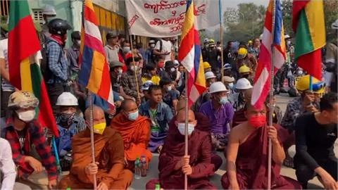 紀念33年前民主烈士 緬甸示威遭鎮壓已5死