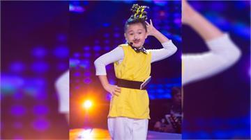 《台灣那麼旺》8歲東方美媚自創洗腦神曲《毋災歌》 簡單直白唱出眾人心聲「我啥米攏毋災」