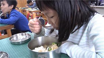 花蓮縣府爭取經費 師生11月吃免費有機米