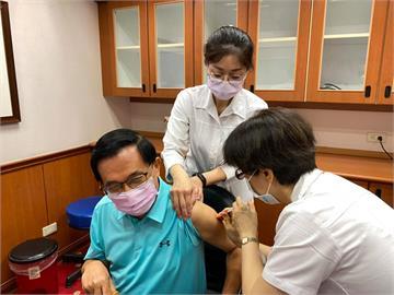 施打日本送的AZ疫苗!陳水扁感謝日本:第二劑感覺更舒服