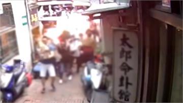 爆炸聲後火光四散!三峽祖師廟前豬血糕攤販氣爆 2人被燙傷