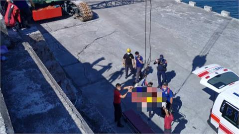 工人誤闖消波塊工程區 失足撞上消波塊重傷身亡