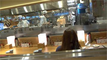 疫情重創百貨業 餐廳逆勢推新品 搭外送增業績