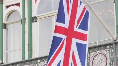 英國7/19起全面解封免戴罩 強森「學習與病毒共存」