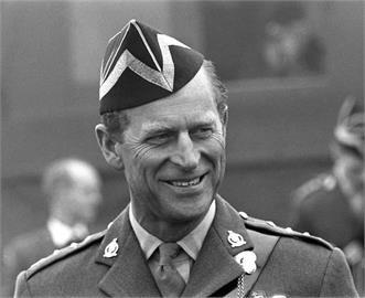 英媒:菲立普親王死亡證明書填寫老死