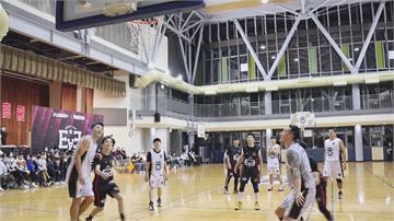 東西區明星籃球賽 邁入第十屆周董最後1.8秒2分射籃 氣走陳建州