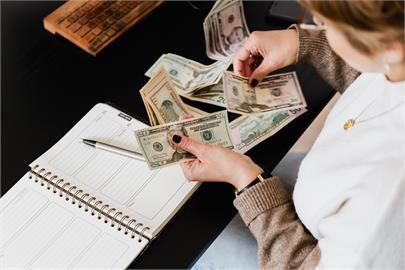 小資女月薪3萬2!堅持靠「6個罐子理財術」3年存下60萬網大讚