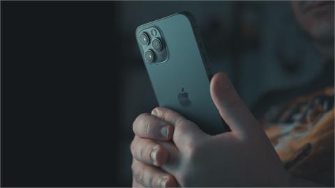 「3款iPhone尚未發表」賈伯斯郵件曝光!10年前擬推「最迷你手機」