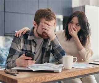 紓困貸款該不該借?專家提醒注意這1點 沒做到「債務越欠越多」