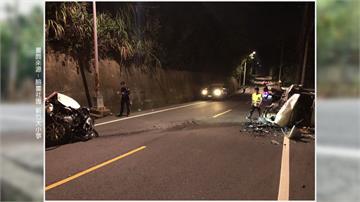 廂型車酒駕爆衝撞 零件噴飛 轎車當場被撞成廢鐵