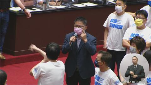 快新聞/嗆國民黨把國會當馬戲團「不要再演了」 邱顯智酸陳玉珍:不敢質詢蘇貞昌
