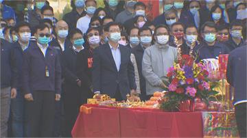 鴻海新春開工 劉揚偉:第4季會出3款電動車