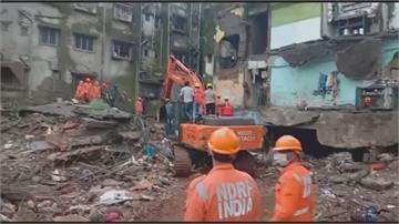 裂成兩半!長年雨季結構損毀 印度老公寓深夜坍塌至少39死