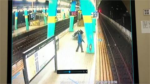 疑低溫發病! 凌晨汐止火車站落軌命危