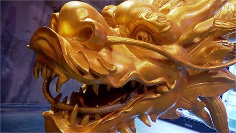 浮誇系精品級吃到飽餐廳!體驗駕馭巨型金龍 啖美食如皇帝般享受
