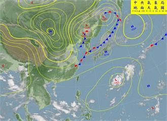 快新聞/國慶連假颱風來攪局? 低氣壓未來三路徑曝光