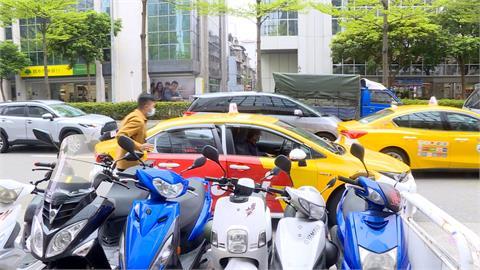 計程車隊推乘車派遣服務 可透過App叫車
