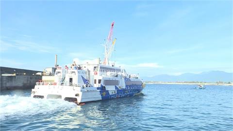 快新聞/烟花擦邊北台灣 航港局宣布:離島5航線、41班次停航