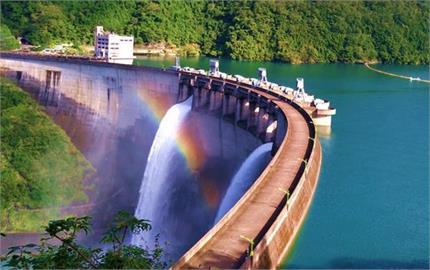 快新聞/「烟花」颱風逼近! 翡翠水庫下午3時將調節性放水