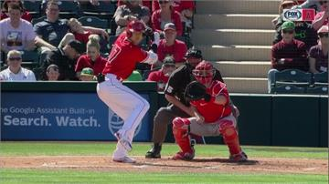 MLB/睽違五個月首度實戰 大谷翔平遭球吻沒敲安打