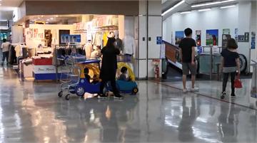 快新聞/桃園男童逛大賣場遭人帶離…7小時候終於被找到由父母領回!