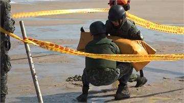金門成功沙灘發現未爆彈 重達百磅無危險性