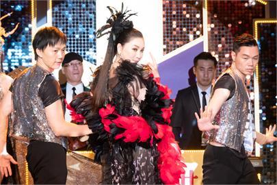 期待!張瓊姿特別客串《黃金歲月》!本色演出還原秀場糗事