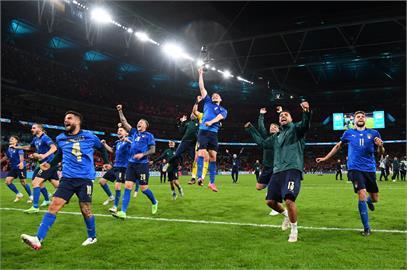 4度狹路相逢!歐國盃上演PK大戰 義大利氣走西班牙挺進冠軍賽