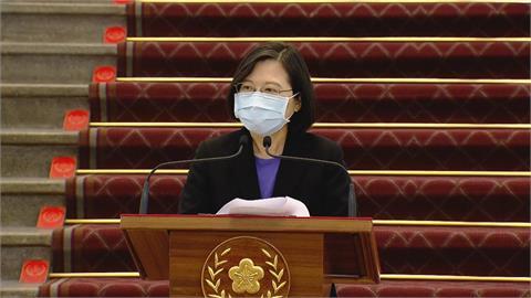快新聞/蔡英文官邸退役工作犬志工確診 府:總統PCR採檢結果陰性