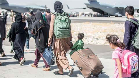 難民悲歌「6歲、10歲」2幼女未帶往美國 阿富汗母親悲痛:我心已死