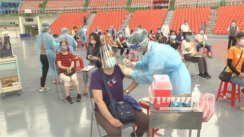 複選接種高端約74萬人 傳8月底前供貨百萬劑