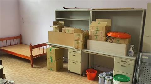 這款防疫!學生被告知須自主管理 校方竟要求住儲藏室 家長不滿!