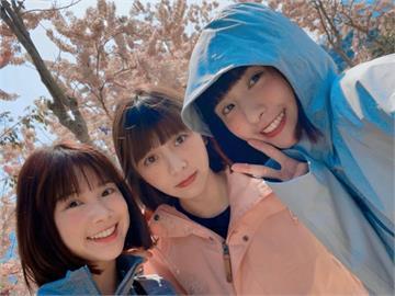 峮峮曬出與「2女神」合照!網1看大驚:根本是3胞胎姊妹