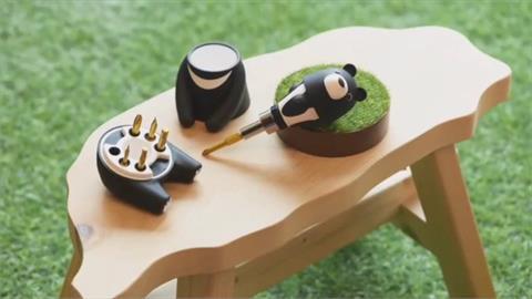 百萬股東嗨了!中鋼紀念品「台灣黑熊」超萌 變身螺絲起子工具組