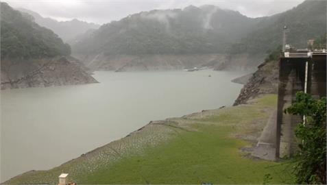 快新聞/「期待已久的一場雨!」 石門水庫降下7.1毫米雨量