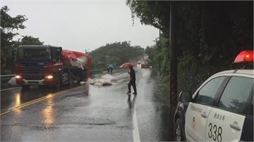 台2線宜蘭石城路段 曳引車撞對向曳引車