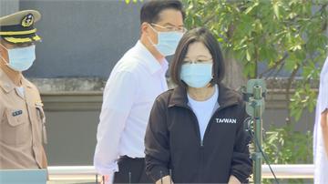 快新聞/海軍下水作業無名英雄 蔡英文特表揚國軍兄妹