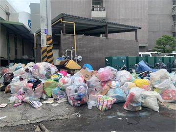 京元電「垃圾」堆成山炸街!照片曝光曾玟學大驚:亂成一團
