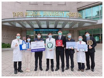 捐22台呼吸器「日亞光磊醫療公益基金會」挺醫護
