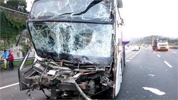 疲勞駕駛?國道客運追撞大貨車釀8傷