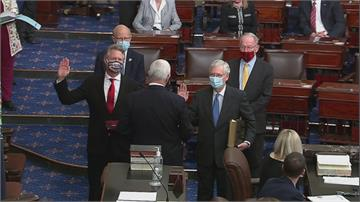 美國會宣誓就職 裴洛西連任眾院議長