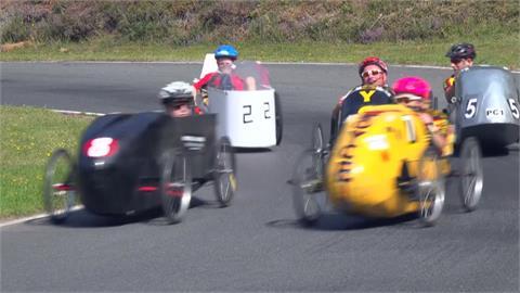 525公尺賽道不斷繞圈圈... 英國踏板車160公里耐力賽 心肺、肌力大考驗!
